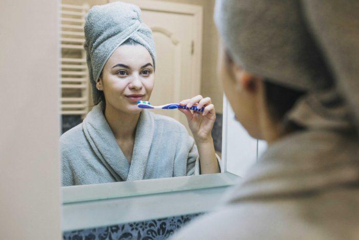 Günlük Diş Bakımı Nasıl Yapılmalıdır?