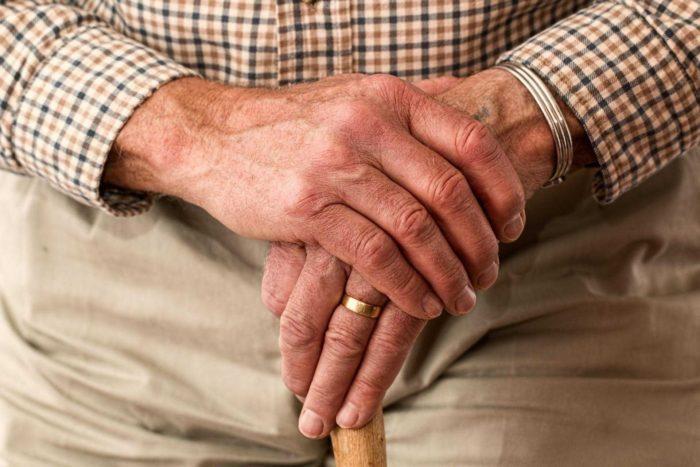 Kemik Erimesi (Osteoporoz) Nedir? Belirtileri ve Tedavisi