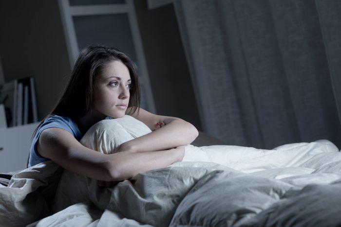 İnsomnia Nedir? Belirtileri ve Tedavi Yöntemleri Nelerdir?
