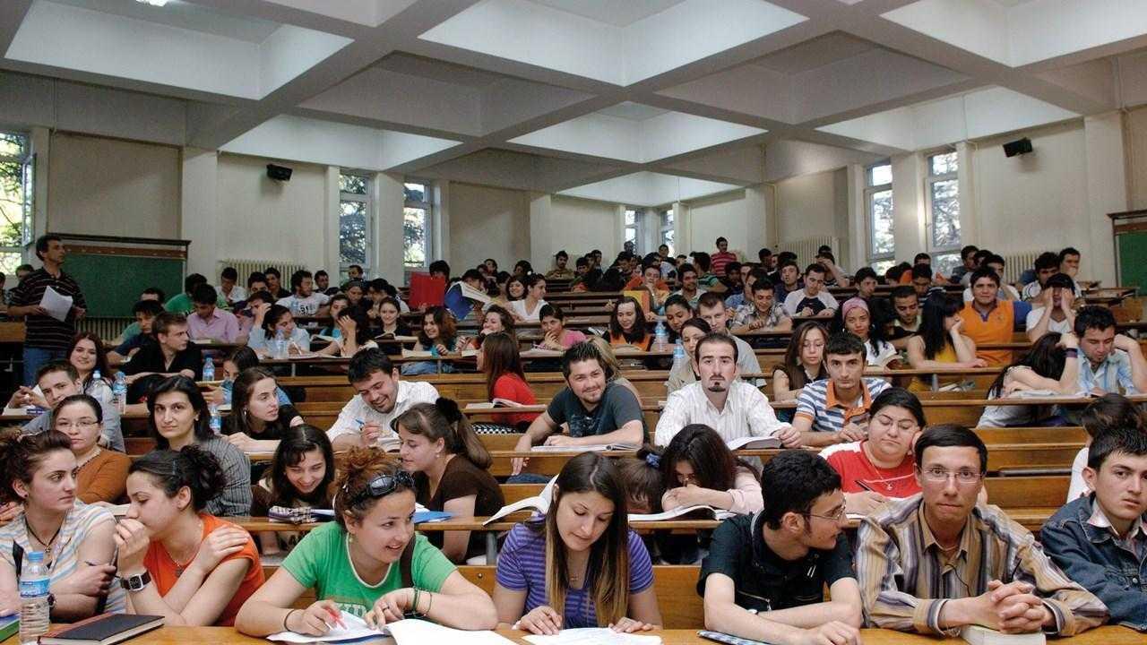 Üniversitede Ders Seçimi: Nasıl Olur, Nelere Dikkat Edilir?