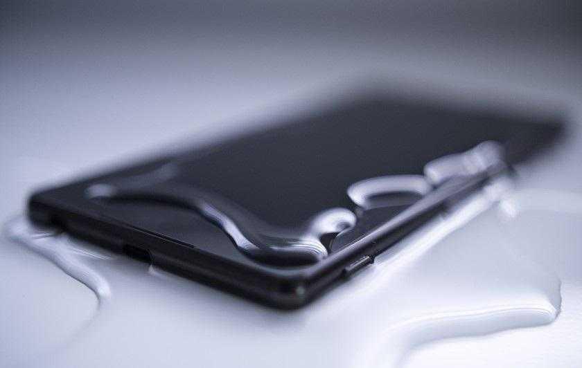 Sıvı Teması Elektronik Cihazlara Nasıl Zarar Verir?