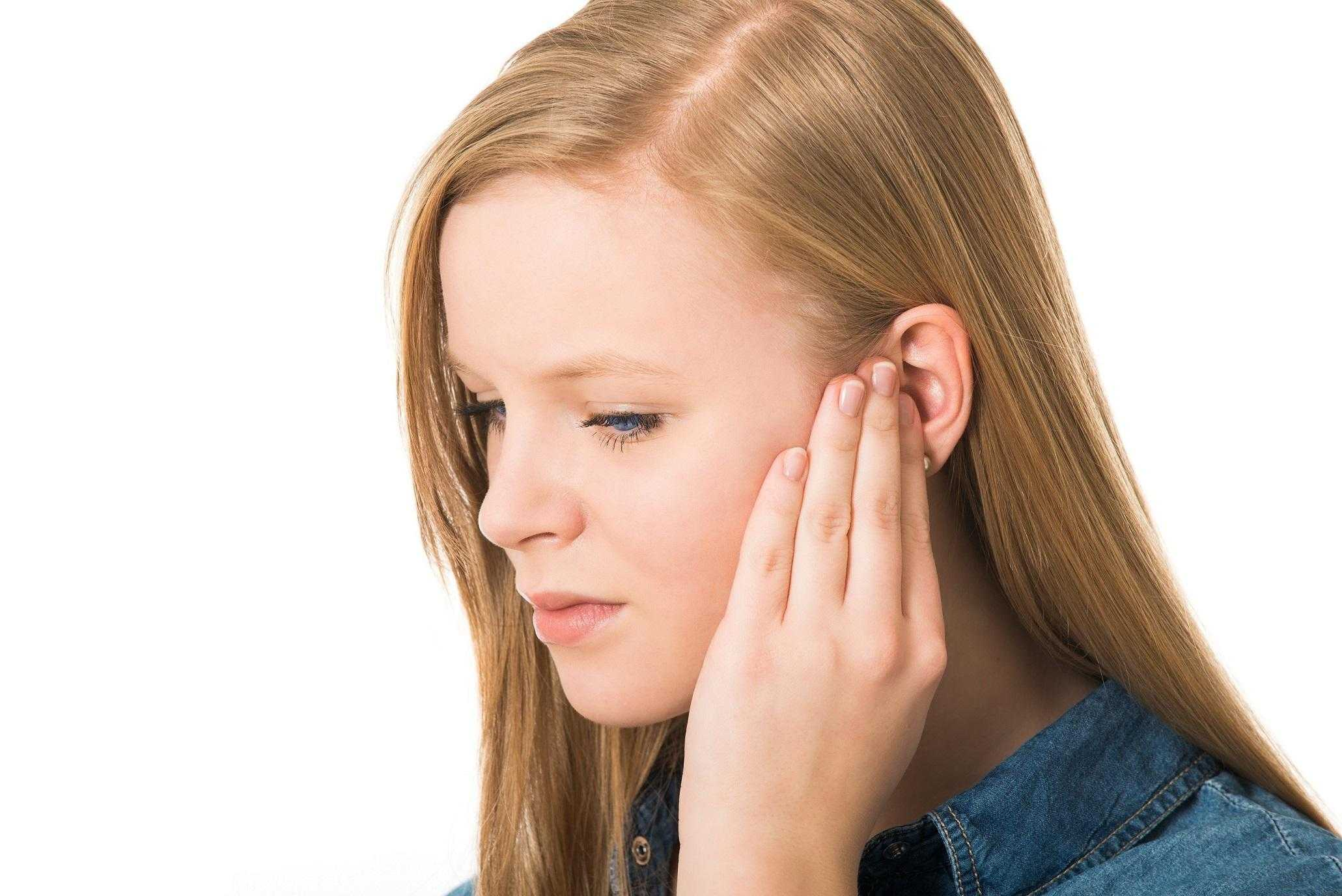 Çocuklarda ve Yetişkinlerde Kulak Enfeksiyonu Belirtileri