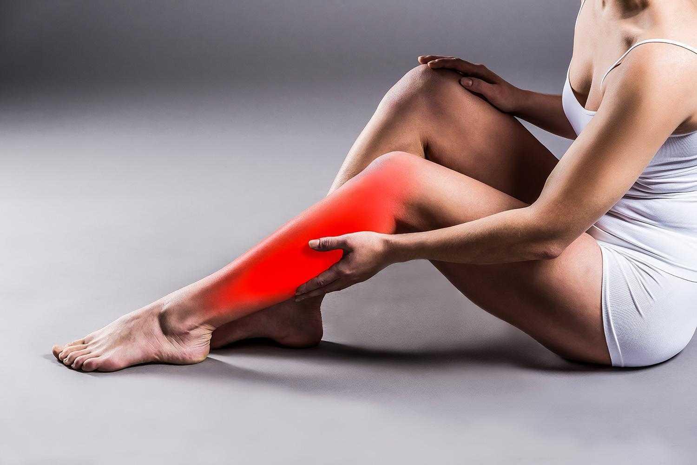 Huzursuz Bacak Sendromu (RLS) Nedir? Belirtileri ve Tedavisi