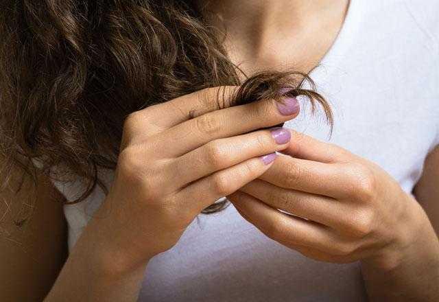Saçları Kestirmeden Saç Kırıklarından Kurtulmanın Yolları