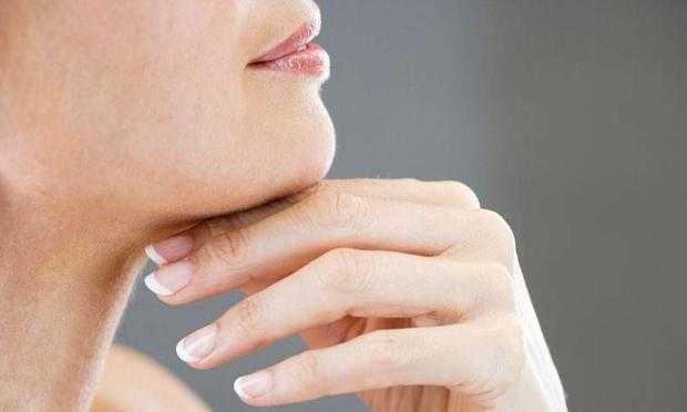 Bitkisel Boyun Kırışıklığı Tedavisi: Boyun Kırışıklığı İçin Maske
