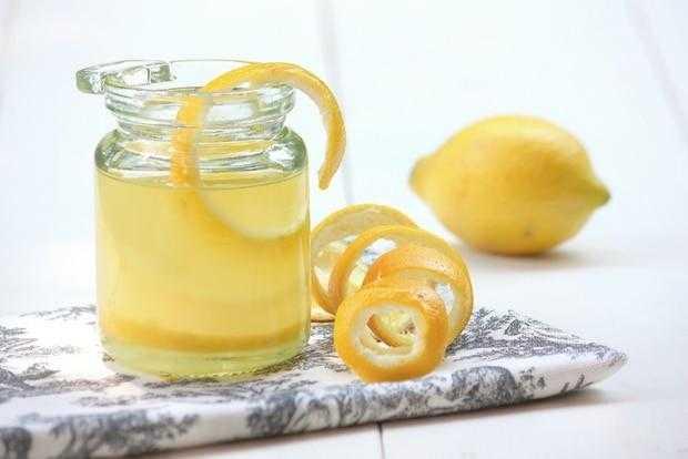 Limon Yağı Nasıl Yapılır, Limon Yağının Faydaları Nelerdir?