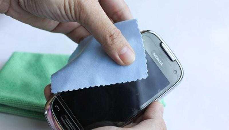 Cep Telefonu Ekranındaki Çizikler Nasıl Giderilir?