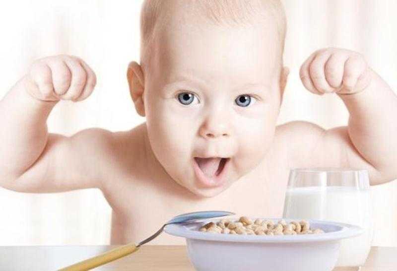 Ek Gıdaya Geçen Bebekler İçin Süper Besinler