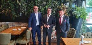 Kurtlar Vadisi'nin Polat Alemdar'ı Siyasete mi Giriyor? Akılları Karıştıran Fotoğraf